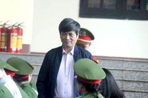 Sau nhập viện, cựu Cục trưởng C50 Nguyễn Thanh Hóa trở lại tòa nói lời sau cùng