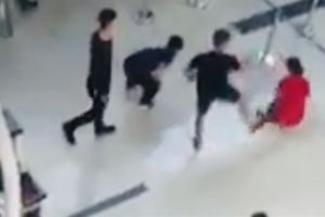 Nữ nhân viên Vietjet bị tát: 'Mấy anh ấy đánh rất mạnh'