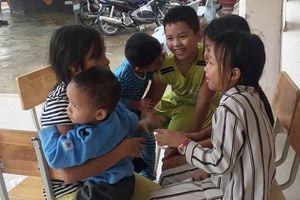 Cảnh giác bão số 9, Nha Trang quyết liệt di dời dân đến nơi an toàn