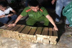Phát hiện kho hàng chứa 6.500 gói thuốc lá lậu