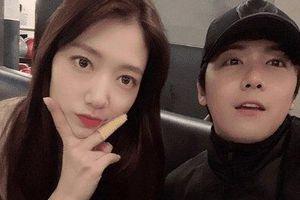 Bận tối mắt tối mũi, Park Shin Hye vẫn dành thời gian hẹn hò với 'người tình tin đồn'