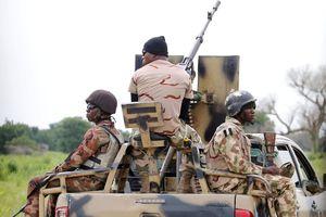 Chiến binh Hồi giáo Nigeria giết hàng chục binh sĩ trong cuộc tấn công căn cứ quân sự