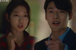 Hyun Bin gặp Park Shin Hye trong một khu nhà trọ thô sơ trong đoạn preview mới nhất của 'Memories of the Alhambra':