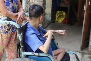 Cô gái bại liệt nặng 20kg bị xâm hại đến mang thai: Công an vào cuộc
