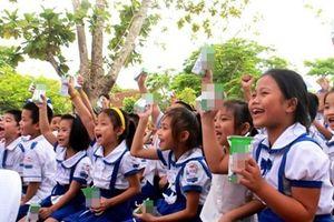 Sữa học đường: Sữa tươi hay hoàn nguyên đều là... sữa công nghiệp