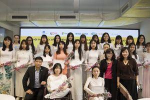 Khuyến khích các nữ sinh tự khám phá tiềm năng qua giáo dục STEM
