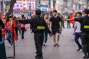 An ninh thắt chặt ở sân Hàng Đẫy trước trận Việt Nam-Campuchia