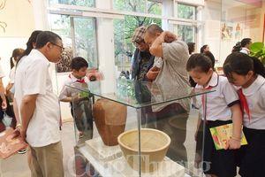 Đà Nẵng: Triển lãm gần 200 hiện vật, tư liệu ảnh về đền tháp, gốm Champa Nam Trung Bộ