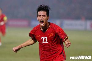 Vua phá lưới V-League ghi bàn đầu tiên cho tuyển Việt Nam