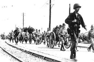 Cực hiếm cảnh quân Nhật đầu hàng đồng minh ở Triều Tiên 1945
