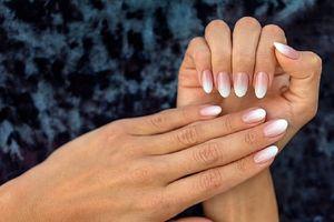 Móng tay bị bong tróc - dấu hiệu của bệnh nghiêm trọng?