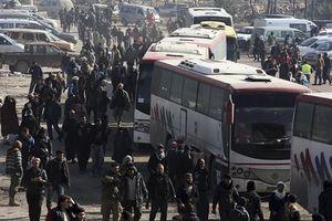 Chiến sự Syria: Phiến quân được vận chuyển từ Idlib sang Thổ Nhĩ Kỳ