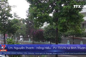 Triều cường ven biển Bình Thuận dâng cao do Bão số 9