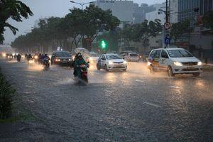 Áp thấp nhiệt đới 'hậu' bão số 9 đang quần thảo ở Nam bộ