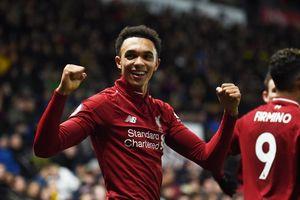 Alexander-Arnold lập siêu phẩm, Liverpool thắng đẹp Watford