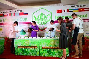 Cận cảnh cuộc thi của nghệ nhân trà quốc tế tại Huế