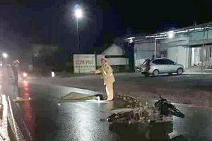 Va chạm với xe tải trên đường du lịch Tây Bắc, 2 sinh viên thiệt mạng