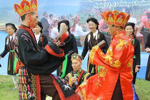 Huyền bí 'Vũ điệu hành quang' trong Lễ cấp sắc của dân tộc Sán Dìu