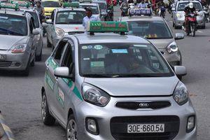 'Cởi trói' cho taxi công nghệ để phát triển bền vững cả taxi công nghệ và taxi truyền thống