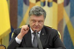 Tổng thống Ukraine đề xuất thiết quân luật sau vụ Nga nổ súng, bắt tàu