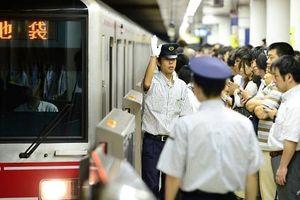 Nguy cơ quá tải tàu điện ngầm tại Olympic 2020