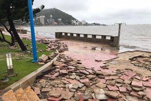 Bình Thuận - Vũng Tàu sau bão số 9: 19 nhà bị sập, sạt lở bờ biển nghiêm trọng