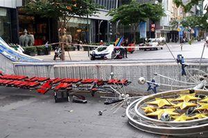'Khóa' đường Nguyễn Huệ thành phố đi bộ: Loạn giao thông