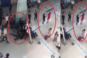 Côn đồ đánh nữ nhân viên hàng không: Tình tiết tăng nặng