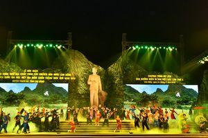 'Qua những miền di sản Việt Bắc' hút 40.000 khách đến Cao Bằng