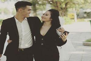Vào bán kết AFF Cup 2018, tuyển thủ Việt Nam khoe người yêu cực xinh