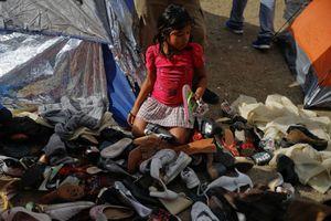Mỹ đóng cửa biên giới với Mexico, đoàn di dân hỗn loạn, hoang mang