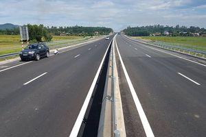 Cao tốc Đà Nẵng - Quảng Ngãi xuất hiện lún ở đầu cầu, cống