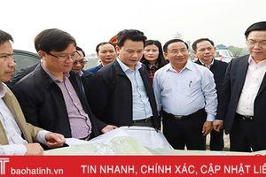 Phó Thủ tướng Vương Đình Huệ kiểm tra dự án Ngàn Trươi – Cẩm Trang