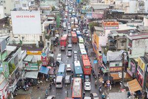 Clip: Toàn cảnh kẹt xe ở TP.HCM sau bão số 9