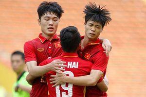 5 chân chuyền xuất sắc của ĐT Việt Nam tại AFF Cup 2018: Quang Hải vượt trội Xuân Trường