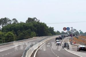 Thi công bù lún đường cao tốc Đà Nẵng – Quảng Ngãi bắt đầu từ ngày mai