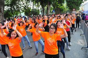 5.000 người ở Hà Nội tham gia chương trình 'tuần lễ Thế giới tôn vinh sự tử tế'