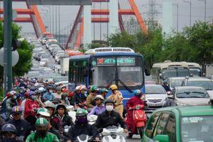 CSGT TP.HCM căng mình điều tiết giao thông sau bão số 9