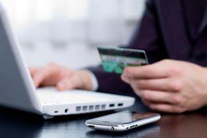 Ngân hàng cung cấp thông tin cho ngành thuế, nên chăng?