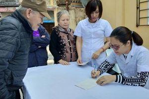Báo Tuổi trẻ Thủ đô phối hợp, tổ chức chương trình thăm khám mắt miễn phí tại Hải Dương