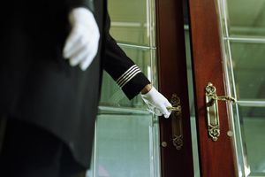 Làm sao để biết phòng khách sạn bạn ở có an toàn hay không?