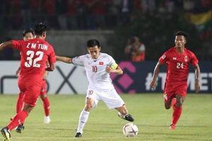 Cái duyên ghi bàn của Văn Quyết tại bán kết AFF Cup