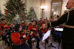 'Bảo vật Mỹ' - Giáng sinh lung linh tại Nhà Trắng