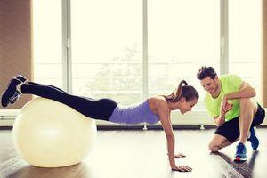 Tập gym buổi sáng hay buổi tối có ích hơn?
