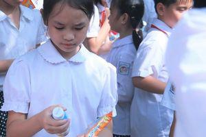 Học sinh Hà Nội bắt đầu uống Sữa học đường từ ngày 1/1/2019