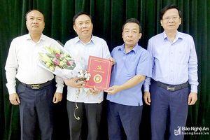 Bổ nhiệm Trưởng Ban Tuyên giáo đồng thời làm Giám đốc TT Bồi dưỡng chính trị Yên Thành