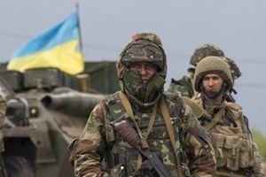 Ukraine đặt lực lượng vũ trang vào tình trạng sẵn sàng chiến đấu
