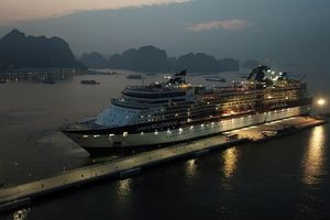 Cảng tàu khách du lịch quốc tế chuyên biệt đầu tiên của Việt Nam đón tàu hạng sang
