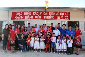 Tân Á Đại Thành trao tặng 5 bồn nước cho Trường mầm non La Ú Cò – Lai Châu
