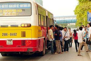 Vận tải hành khách bằng xe buýt: Gỡ nút thắt để tăng sức hấp dẫn